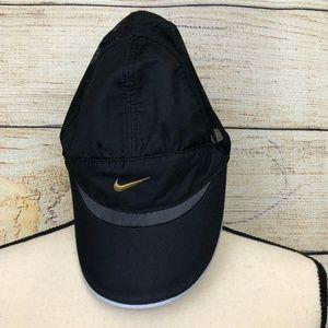 Nike Women's Featherlight Adjustable Hat